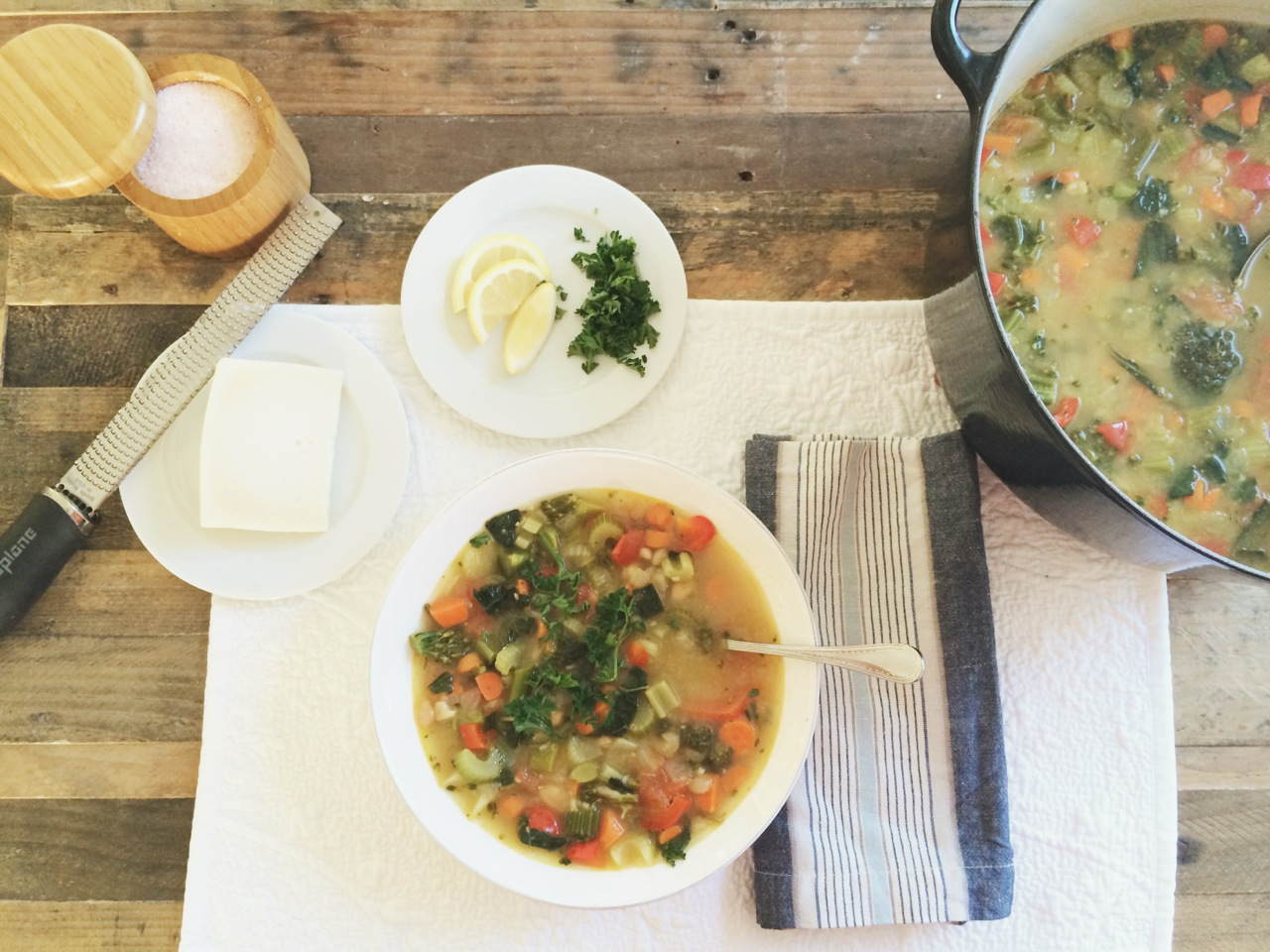 Warm Up to this Kale and White Bean Veggie Soup | NUDE Skincare